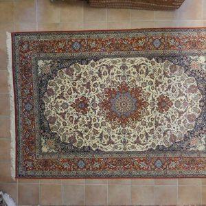 tappeto Isfahan Misto Seta extrafine da sala fondo avorio