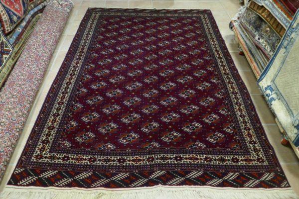 tappeto turcomanno yomut bordeaux