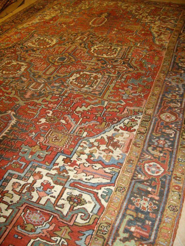 Antico Heriz Persia 12510-485x286