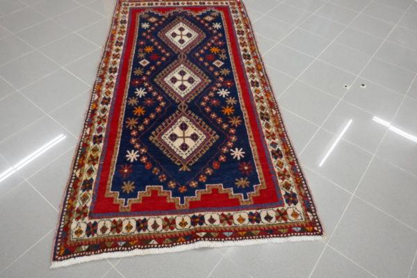 tappeto afshari blu e rosso geometrico