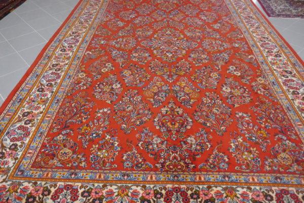 tappeto persiano a fiori color salmone