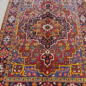 bel tappeto floreale