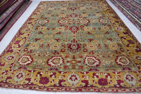 tappeto giallo verde