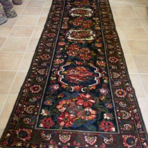 tappeto bakhtiari passatoia con le rose e fiori