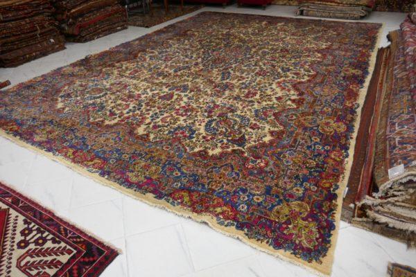 tappeto gigante floreale