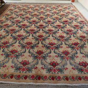 tappeto grande senza medaglione beige e rosso