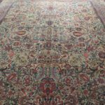 tappeto kirman antico a fiori da salotto