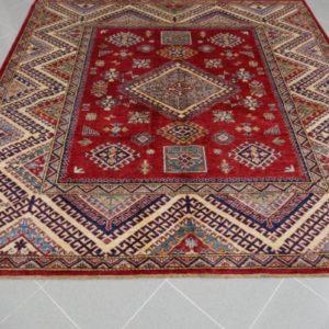 tappeto kazak quadrato rosso