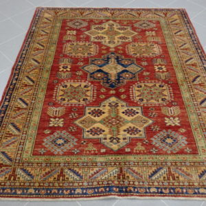 tappeto uzbek color arancio bruciato