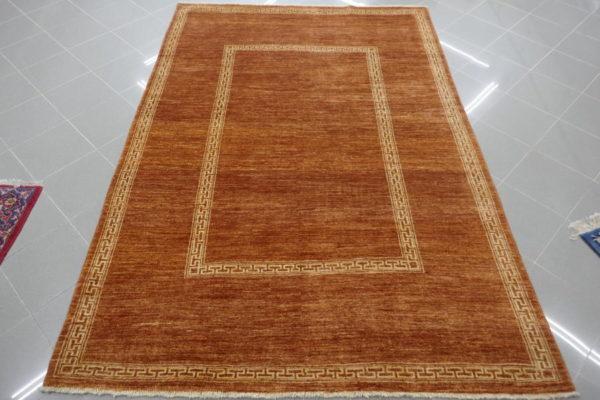 tappeto moderno salotto color marrone