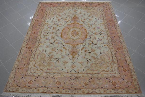 tappeto tabriz 60raj fondo avorio da sala