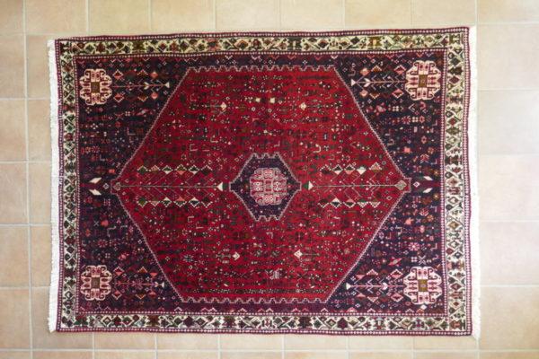 tappeto abadeh rosso blu geometrico
