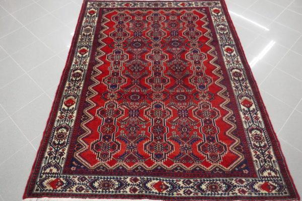 tappeto hamadan fondo rosso senza il medaglione