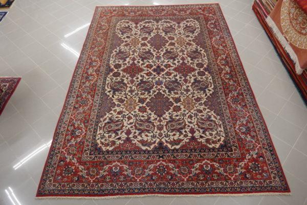 tappeto isfahan da salotto elegante floreale rosso e avorio