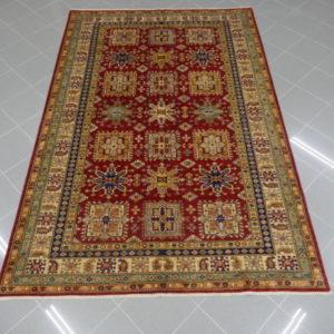 tappeto kazak rosso da sala