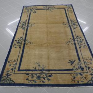 antico tappeto cinese da sala color avorio