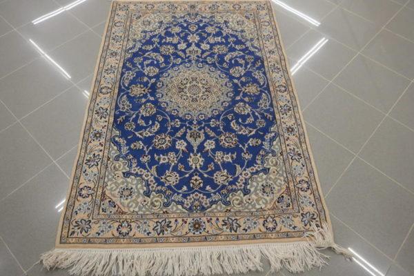 piccolo tappeto Nain 9 fili fondo azzurro