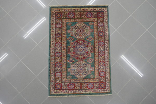 piccolo tappeto kazak verde