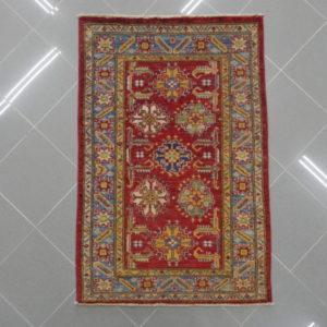 piccolo kazak color rosso