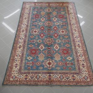 tappeto kazak da sala fondo verde
